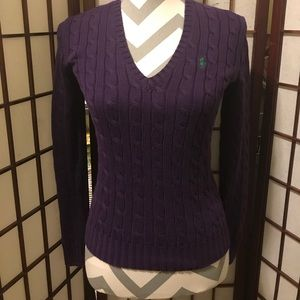 EUC Cable Knit V-neck sweater size XS