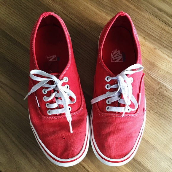 5ea7bd0e23d6 Vans Canvas Authentic Lite UltraCush Mens Red 10.5.  M 59a572dda88e7d119b00b0f5