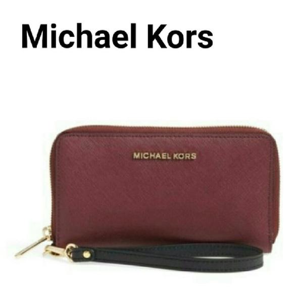 7f0881607ac6 Michael Kors Bags | Mk New Wallet Zip Around Phone Plum Wristlet ...