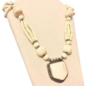 Jewelry - Vintage Native American carved bone necklace