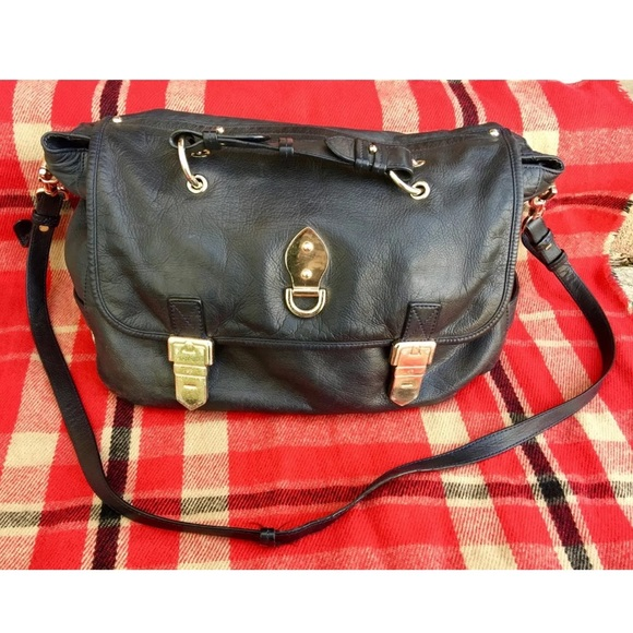 Mulberry Bags   Authentic Tillie Navy Handbag   Poshmark 917a6e5a9f