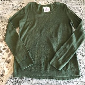 Sweaters - Lightweight Olive Sweater