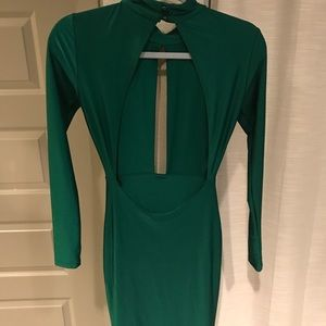 Dresses & Skirts - Gorgeous Emerald Green Gown