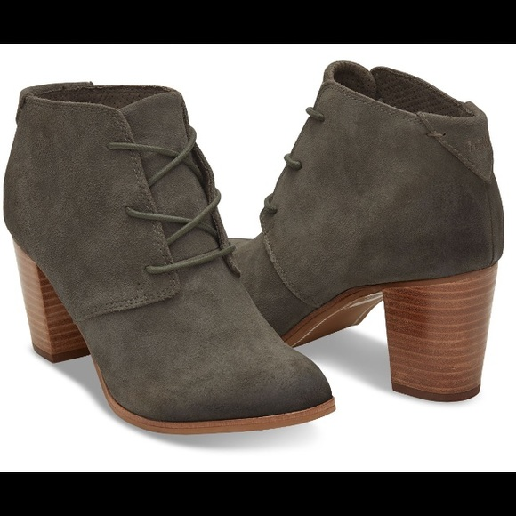 28574656c68 NEW Toms Lunata Lace-Up Tarmac Suede Booties