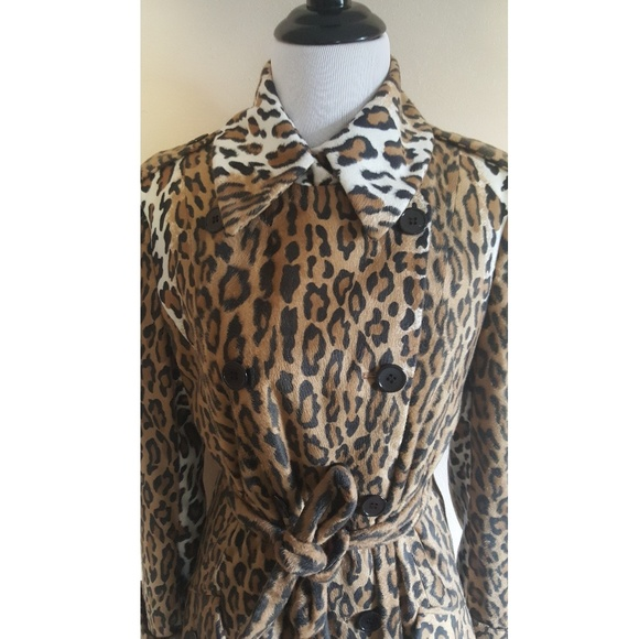 bed27caad845d Moschino Cheap & Chic Leopard Print Trench Coat. M_59a5b4f24e95a353c901a835