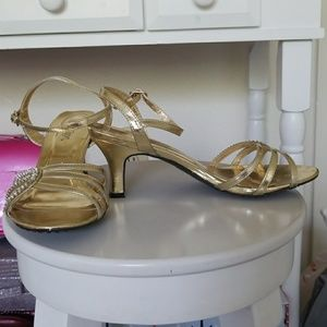 Shoes - Gold thick 2 inch heels