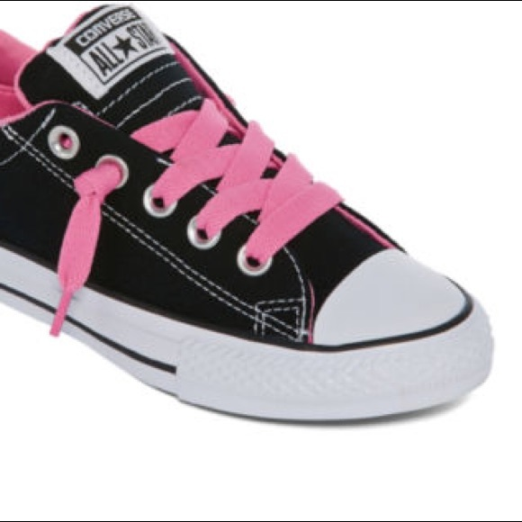 de89b7205440 Converse Shoes - 🎉Converse black and white pink laces low tops 6
