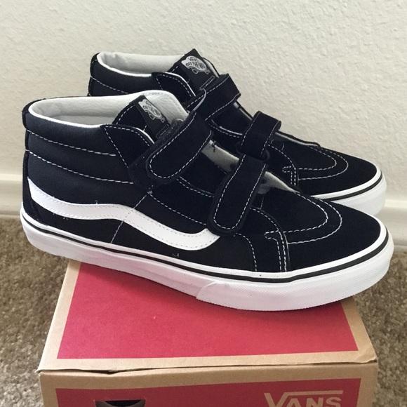 77ef9f5954 Vans Sk8-Mid Reissue Velcro Kids 5.5 Women s 7