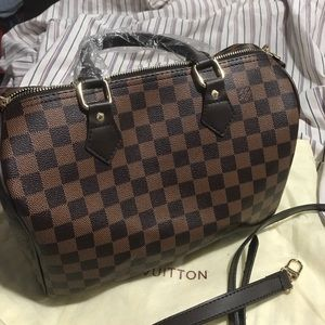 Handbags - STOP THE HATE, Ebene 30 bandoullier bag