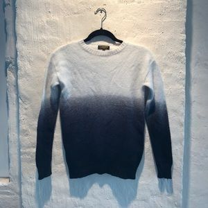 Sweaters - Le Mont St Michel Sweater