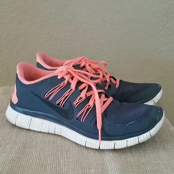 Nike free 5.0 sneakers running shoes size 9.5