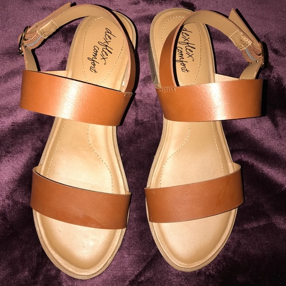 3ca9df6efd7d Dexflex comfort shoes gladiator sandals poshmark jpg 580x580 Dexflex sandals
