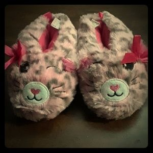 Other - Toddler girls slippers