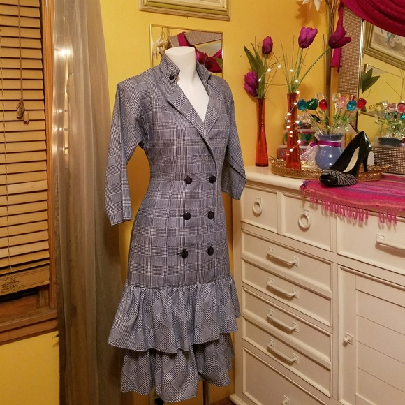 Dresswear (Vintage) Dresses & Skirts - Vintage Corporate Dress!  CRAZY SALE, PRICE FIRM