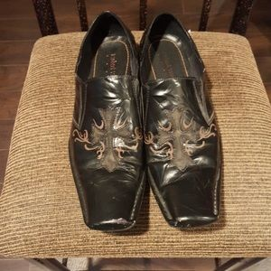 Robert Wayne Shoes - Robert Wayne Black/Terracotta Distressed Loafers