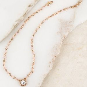 Jewelry - Elegant Crystal Rose Gold Tone Choker