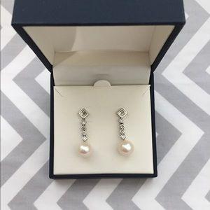 10K Dangling Pearl Earrings