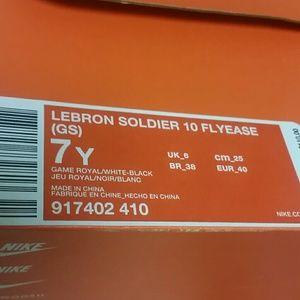 3dca82f60b41 Nike Shoes - Boys Nike Lebron Soldier 10 Flyease Sz 7Y