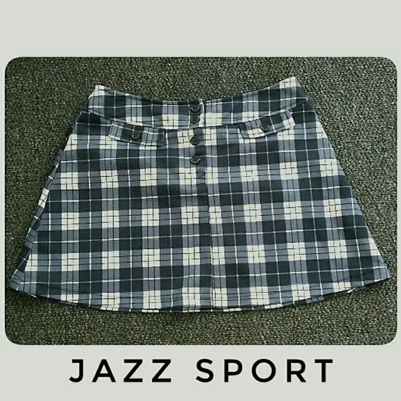 Jazz Sport Dresses & Skirts - Jazz Sport Black White Plaid Mini-Skirt Size Med