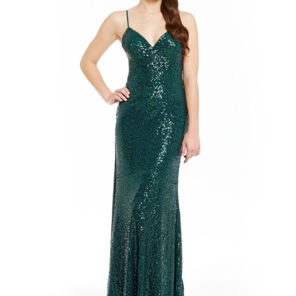 Nicole Miller Dresses | Emerald Green Sequin Gown | Poshmark