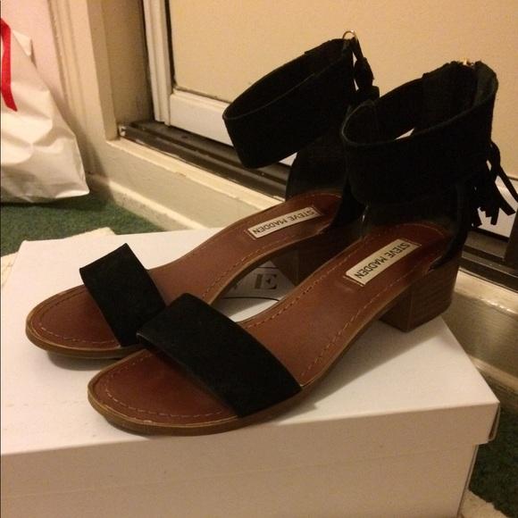 b8b66bf2e Steve Madden Darcie black suede tassel sandal 7. M_59a6532aa88e7db95c00050f