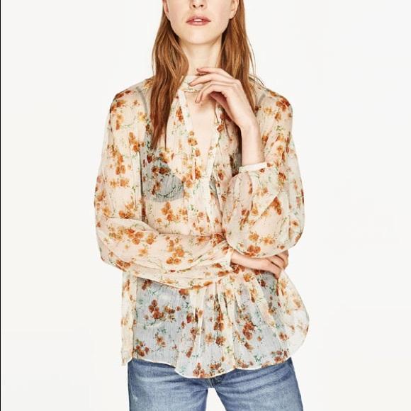 bbe14c67e8a621 Zara floral print crepe blouse