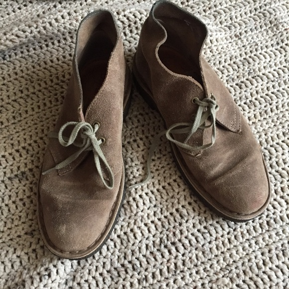 Clarks Desert Boot Taupe Distressed Size 6