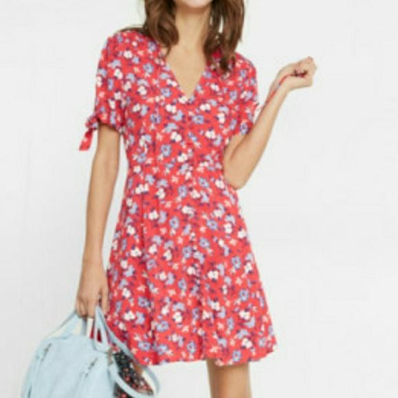 aeb2324e9c3a5 Express Dresses   Red Floral Button Down Dress Short Sleeve   Poshmark
