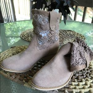 Zigs Girl (Cole) 6, suede, ankle boots
