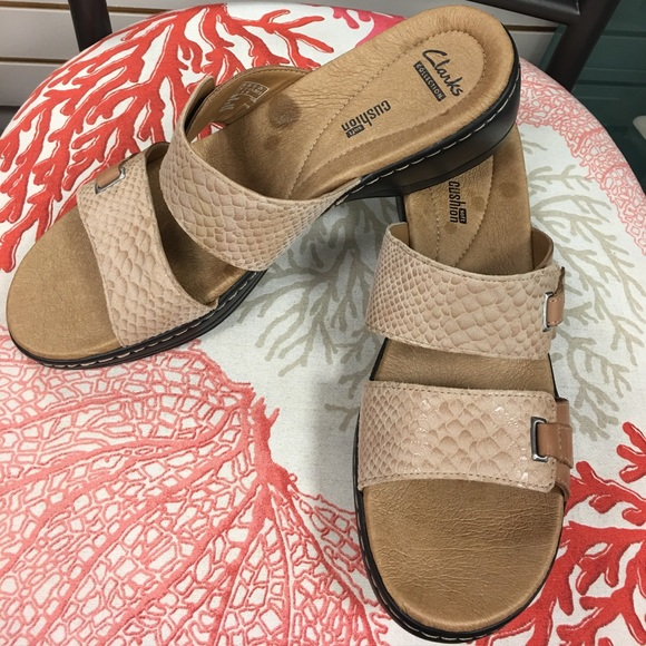 Collection Soft Cushion Sandal Nwot