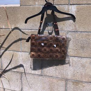 Handbags - 🆕 BROWN PURSE HAND SHELLED TOGETHER👜