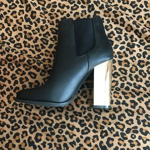 Shoes - Forever 21 booties