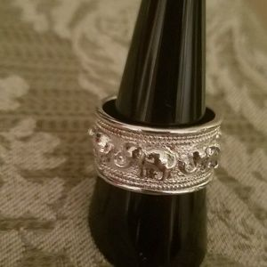 STERLING 925 ELEPHANT BAND RING. SZ 8.5