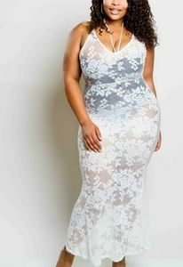 Dresses & Skirts - Plus size Lacey Maxi Dress