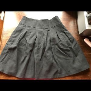 NWOT Banana Republic Pocketed Skirt