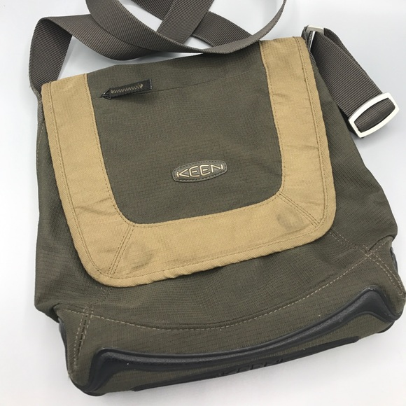 b4ea7526daa Keen Hybrid Transport cross body Bag tan brown. M_59a72169f09282ca13014377