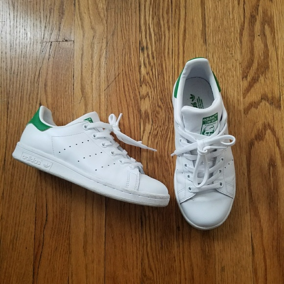 le adidas stan smith donne 5 65 poshmark