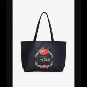 🆕 #302 waisted embroidered tote bag