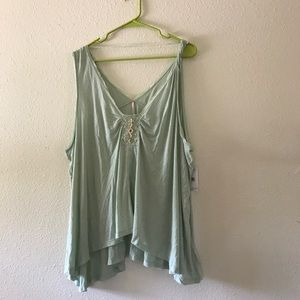 BNWT Free people tank top size large mint color