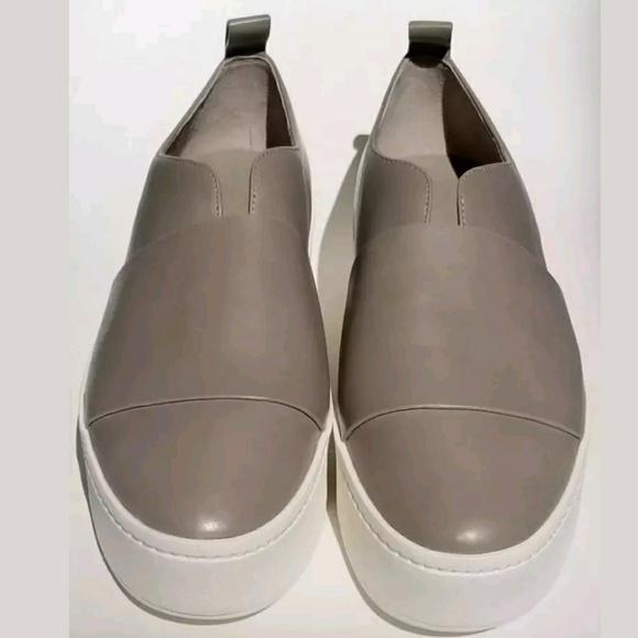 81f262ba25e VINCE Wallace Sneaker Woodsmoke Gray Slip-on