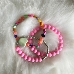 new• set of three stretch bracelets