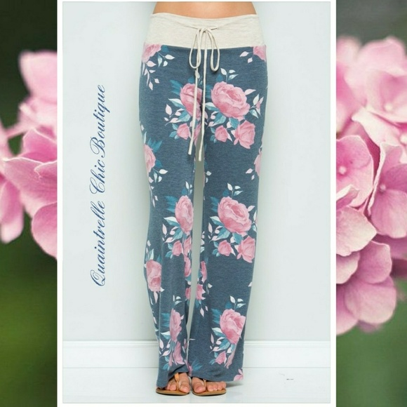Quaintrelle Chic Boutique Pants - 🆕FADED DENIM WIDE LEG FLORAL LOUNGE PANT