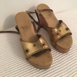 Awesome Calleen Cordero gold platforms.