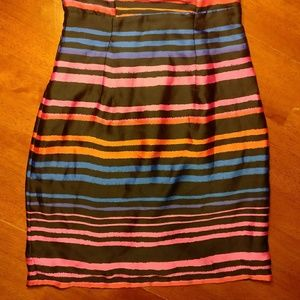 H&M Dresses - H&M Adorable Strapless Striped Dress