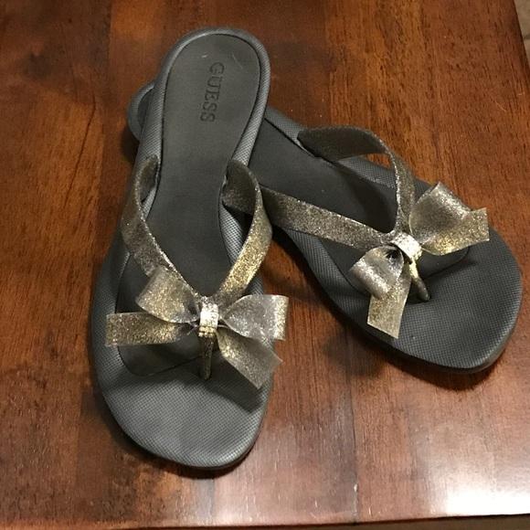 8c3420825 Guess Shoes - TUTU BOW FLIP FLOPS - GUESS