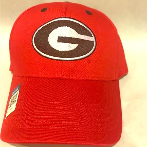 c93a46ead40 Georgia Bulldogs UGA Red with Logo Adjustable Hat. NWT