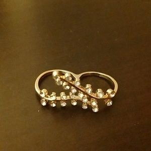 Double Finger Floral and Crystal Ring, Size 8 NWOT