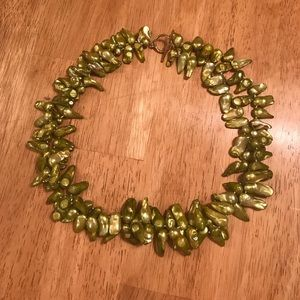 Jewelry - Light Green Dyed Oyster Pearl Choker