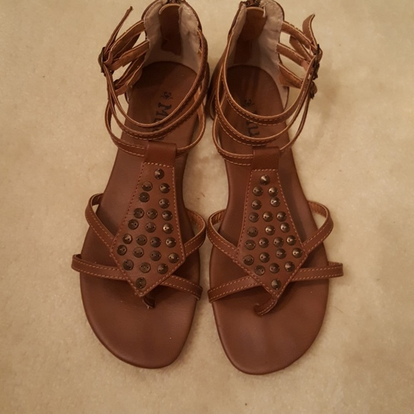 5f8b0e5e0e5d9 Mudd dark tan gladiator sandals women s 9M. M 59a787b7713fde1cf50166f4