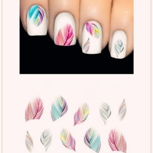 Other - 🎀New list! 🎀 Pretty feather nail decor!